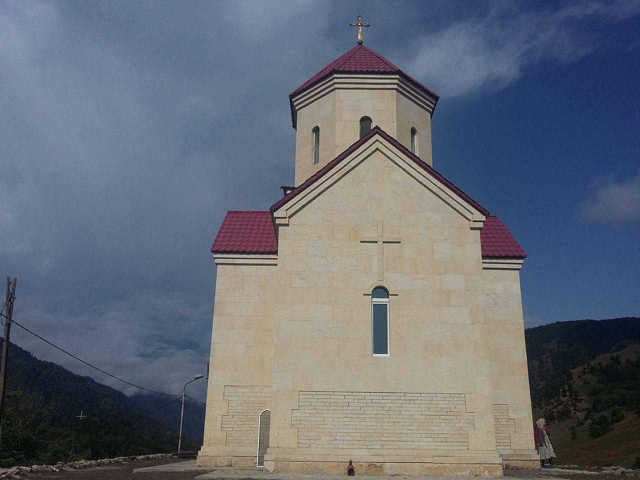 სოფ. ლატალში ასი ათასი მოწამის სახელობის ტაძარი აშენდა